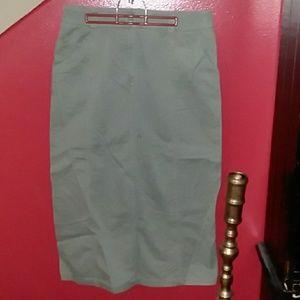 Eddie Bauer  olive green skirt size 14